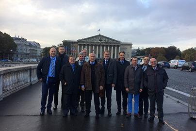 Visite de l'assemblée nationale par les membres du cercle